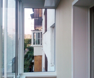 Балконная рама из алюминия. Заславль. №3